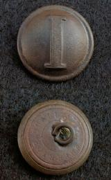 Beautiful Dug CS172 Confederate Lined ќ I Infantry Coat Button