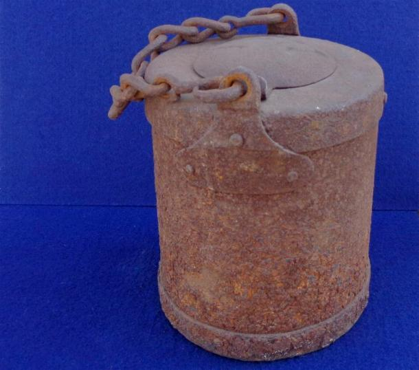 Nice Untouched Federal Artillery Grease/Tar Bucket