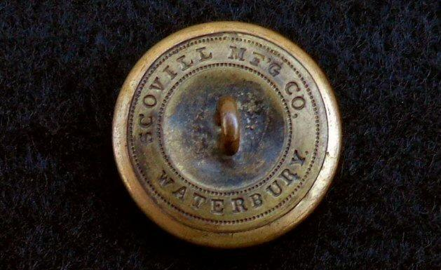 Beautiful CF1 Civil War California Coat Button - Only Pattern Known to have been excavated in Civil War Sites.